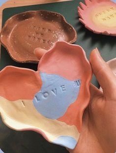 Ceramic Pottery, Pottery Art, Ceramic Art, Keramik Design, Clay Art Projects, Cute Clay, Air Dry Clay, Diy Clay, Cute Crafts