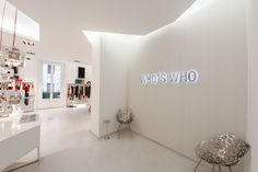 WHO*S WHO Showroom - Milan