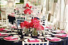 navy table cloth, dark pink napkins