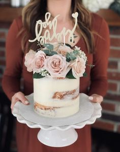 """""""Oh baby"""" Pink and Gold baby shower naked cake! Cakes by Calynne """"Oh baby"""" Pink and Gold baby shower Baby Shower Floral, Baby Shower Flowers, Baby Shower Brunch, Shower Baby, Gateau Baby Shower, Baby Shower Cupcakes, Cakes Baby Showers, Baby Shower Drip Cake, Baby Shower Desserts"""