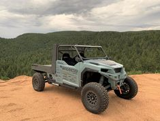 Discover the RANCH HAND, a built with a custom aluminum bed with hydraulic tilt and winch, enhancing an already powerful machine. Jeep 4x4, Jeep Truck, Polaris Off Road, Polaris General, Polaris Ranger Crew, Off Road Buggy, Atv Accessories, Top Luxury Cars, Lifted Cars