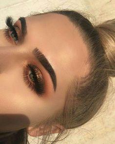 Glittery Smokey Eye Makeup Look - Makeup Eye Makeup Blue, Bronze Eye Makeup, Smokey Eye Makeup Look, Skin Makeup, Fall Eye Makeup, Neutral Eye Makeup, Makeup Brushes, Copper Eyeshadow, Sparkly Makeup