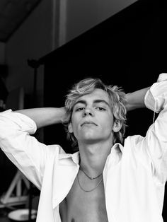Ross Lynch on Kiernan, Chemistry, and Playing Harvey in the 'Sabrina' Reboot - - The singer/songwriter takes a new turn in his career.