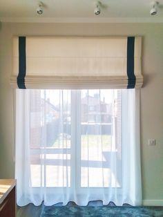 Римская штора и тюль в морском стиле для детской комнаты. Тюль белый Camila