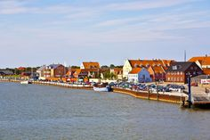 A smaller cluster of Danish islands is composed of Rømø, Fanø and Mandø, which are located at a rather near proximity to the main land. This region of islands, especially Fanø is best known for its bird life, seals and oysters. Getting Married In Denmark, Packing List For Cruise, Picture Credit, North Sea, All Over The World, Places To Visit, Europe, Islands, City