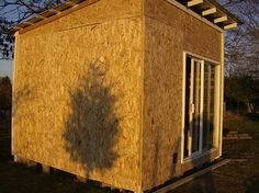 How To Build A Pallet Shed - LivingGreenAndFrugally.com Needs sided, but interesting design.