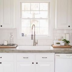 Supreme Kitchen Remodeling Choosing Your New Kitchen Countertops Ideas. Mind Blowing Kitchen Remodeling Choosing Your New Kitchen Countertops Ideas. Concrete Kitchen Counters, Kitchen Sink Diy, Kitchen Countertop Materials, Kitchen Ideas, Kitchen White, Kitchen Floors, Stained Concrete Countertops, Kitchen Cabinetry, Formica Countertops