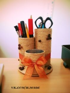 How to DIY Easy Desktop Organizer - Creative Ideas 💡 Tin Can Crafts, Paper Roll Crafts, Craft Stick Crafts, Diy And Crafts, Crafts For Kids, Arts And Crafts, Diy Paper, Desktop Organization, Paper Organization