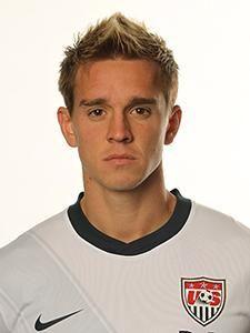 Stuart Holden; Bolton Wanderers