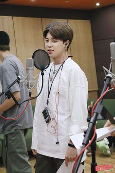 Jimin Wallpaper, Run Bts, Cute Gif, Namjin, Rap Monster, Yoonmin, Jikook, Mochi, Bts Jimin