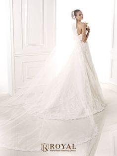 板橋蘿亞手工婚紗 Royal handmade wedding dress 婚紗攝影 購買婚紗 單租婚紗 西班牙 Pronovias BASMA
