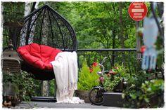Taras w ogrodzie. Garść ciekawych pomysłów. Hanging Chair, Furniture, Home Decor, Google, Decoration Home, Hanging Chair Stand, Room Decor, Home Furnishings, Home Interior Design