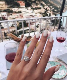 Dimonds Nails : Image Description A beautiful diamond to brighten your Monday morning! Tag us in your vacation engagement photos 💍💋 Engagement Nails, Dream Engagement Rings, Perfect Engagement Ring, Engagement Photos, Engagement Wishes, Square Engagement Rings, Cushion Cut Engagement, Engagement Outfits, Nail Manicure