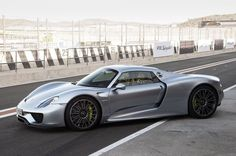 Cool Porsche 2017: 2015 Porsche 918 Spyder... Check more at http://24cars.top/2017/porsche-2017-2015-porsche-918-spyder/