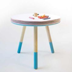 Come and draw table, drawing table with spinning paper, great addition for a child bedroom as well as kids area in any public space.