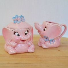 Vintage Pink Elephant Cream and Sugar Set by Lefton by NevermoreVintage Vintage Love, Vintage Pink, Vintage Style, Vintage Elephant, Ceramic Elephant, Kitsch, Pink Elephants On Parade, Cream And Sugar, Paint Designs