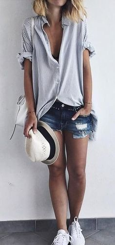 summer outfits Striped Shirt Ripped Denim Short White Sneakers