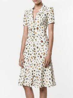 Shop Alexander McQueen Obsession print shirt dress from our Day Dresses collection. Day Dresses, Dress Outfits, Casual Dresses, Short Sleeve Dresses, Summer Dresses, Simple Dresses, Modest Fashion, Fashion Dresses, Alexander Mcqueen