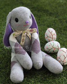 Longa-Ear-Sock-Coelho-Tutorial-wonderfuldiy1