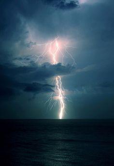 Thunder, hiroshi-nakanishi via tumblr