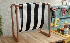 Aprenda a fazer um revisteiro usando canos de PVC!