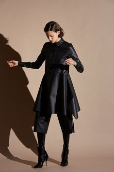 Antonio Berardi Pre-Fall 2018 Collection - Vogue