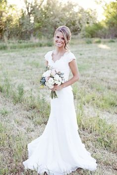 modest wedding dress's