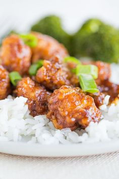 General Tso's Chicken - A homemade recipe for one of the most popular Chinese takeout dishes. Not as difficult as you would think and SO delicious! via @browneyedbaker