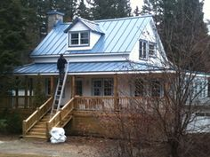 1000 id es sur le th me toit de t le sur pinterest toit - Maison en tole ondulee ...