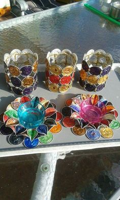 Cup Crafts, Diy Arts And Crafts, Dosette Nespresso, Christmas Gifts, Christmas Decorations, Bottle Cap Crafts, Coffee Pods, Recycled Crafts, Tea Lights
