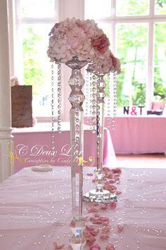 Décoration de mariage - Chandelier cristal - Organisateur & Innovateur d'évènements en Alsace -  www.cdeuxlor.com https://www.facebook.com/pages/C-Deux-Lor/291731146540?ref=ts