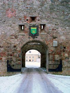Põltsamaa castle gate, 1272, Estonia