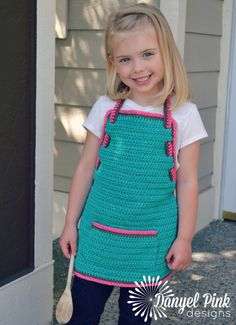 Pretty Little Apron #crochet pattern by @Danyel Pink Designs - includes sizes 1-8 years