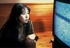 Nome original: Ringu Diretor: Hideo Nakata Sinopse: Inspiração para o remake americano de mesmo nome... - Divulgação