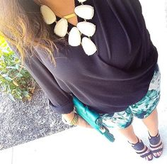 Not an authentic Kendra Scott Harlow but cute outfit nonetheless!
