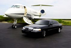 Sydney Star Limo Hire is providing the luxury Airport Limousine Service in Sydney. Our Airport Transfers Services is very cost effective in Sydney for our esteemed clients.