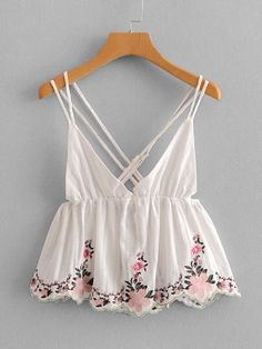 To find out about the Embroidery Ruffle Hem Cami Top at SHEIN, part of our latest Tank Tops & Camis ready to shop online today! Crop Top Outfits, Cute Casual Outfits, Cute Summer Outfits, Mode Outfits, Cami Tops, Outfit Goals, Ladies Dress Design, Corsage, Look Fashion