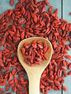 A couple of readers asked me about Goji berries. I'd assumed that Goji berries were fairly common, hmm. Goji, Berry, Get Lean, Beta Carotene, Kraut, Herbal Remedies, Superfoods, Health Benefits, Health And Wellness