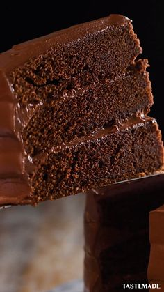 Fun Baking Recipes, Easy Cake Recipes, Chocolate Fudge Cake, Chocolate Desserts, Amazing Food Videos, Buzzfeed Food Videos, Cooks Country Recipes, Indian Dessert Recipes, Milkshake Recipes