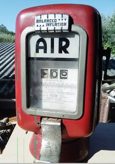 Vintage 1950s Eco tireflator