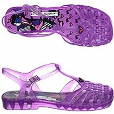 jelly sandals, the coolest shoe in first grade