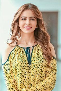 Rukal Preet Singh pic look cool Beautiful Girl Indian, Beautiful Girl Image, Beautiful Indian Actress, Bollywood Fashion, Bollywood Actress, South Indian Actress Hot, South Indian Film, Prettiest Actresses, Good Looking Women
