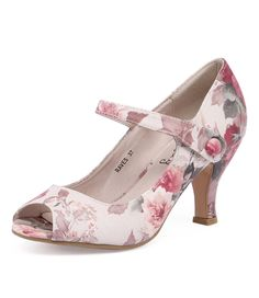 This mary jane is a charming take on everyday chic! Pair them with a tailored skirt and pretty blouse for a flattering, ladylike look. Shop 'Raves Cream Floral' by I Love Billy at styletread.com.au