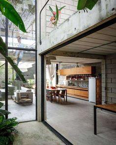 Maracanã House por Terra e Tuma Arquitetos Associados - São Paulo, BR.