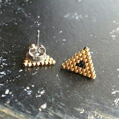 Petites boucles d'oreilles en perles miyuki