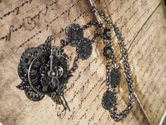 Steampunk clock necklace|Jewelry|Necklaces|Steampunk jewelry|Time Piece Vintage|Womens necklace|Steampunk watch necklace