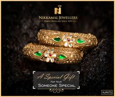 Beautiful Kadas in Gold for that traditional touch! at Nikkamal Jewellers, Ludhiana & Jalandhar Showrooms Antique Jewelry, Gold Jewelry, Fine Jewelry, Antique Gold, Gold Bangles Design, Jewelry Design, Designer Jewellery, Pakistani Jewelry, Indian Jewelry