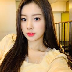 Kpop Girl Groups, Kpop Girls, Yoon Sun Young, Japanese Girl Group, 3 In One, Old Pictures, K Idols, Dark Hair, My Girl