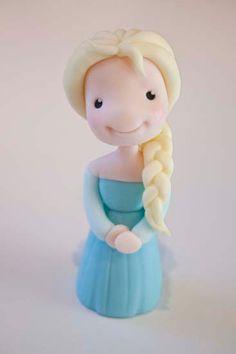 Elsa Figure Tutorial Frozen Fondant Cake, Frozen Cake Topper, Buttercream Cake, Frozen Cake Tutorial, Cake Topper Tutorial, Fondant Figures Tutorial, Fondant Toppers, Frozen Birthday Cake, 5th Birthday