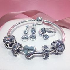 2,051 Followers, 21 Following, 679 Posts - See Instagram photos and videos from PANDORA Scarborough Town (@pandora.stc)